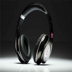 Beats By Dre Studio NFL Edition Headphones Canadian team With the Diamond